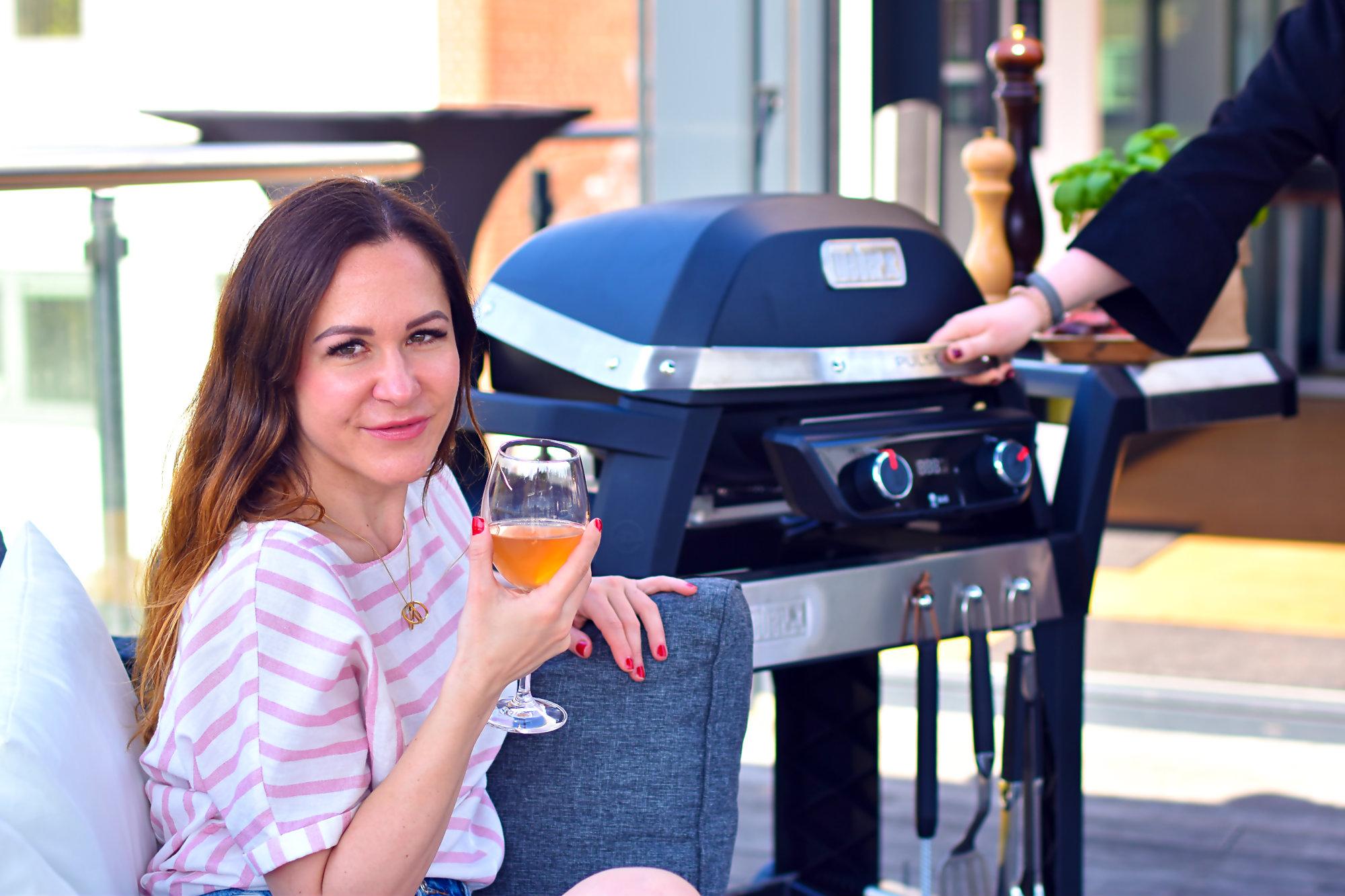 Mädels an den Grill - Grillen mit dem Elektro-Grill von Weber