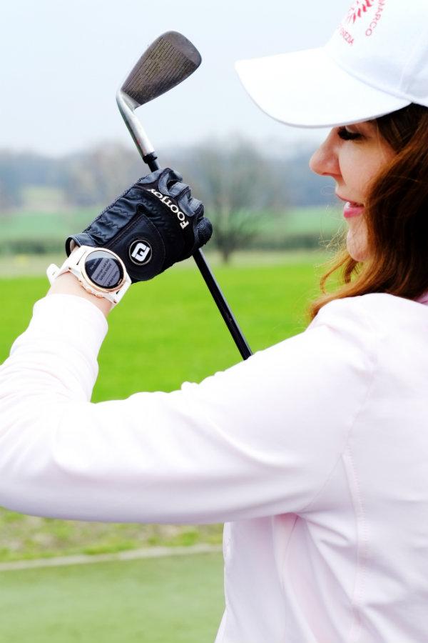 Garmin fenix 5 Plus GPS Multisport-Uhr im Golf Segment